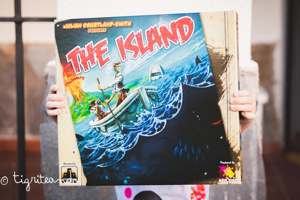 The island AM-6