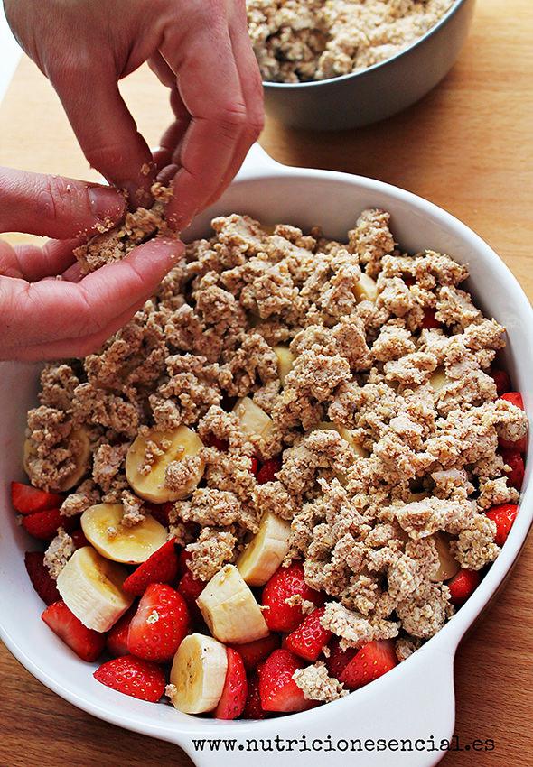 crumble de platano y fresas 3_1