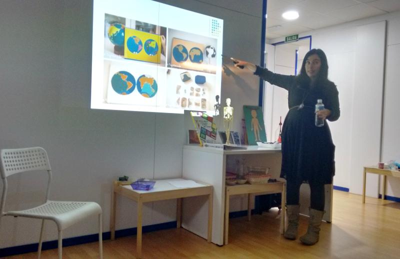 Foto de Cristina de Montessori en casa