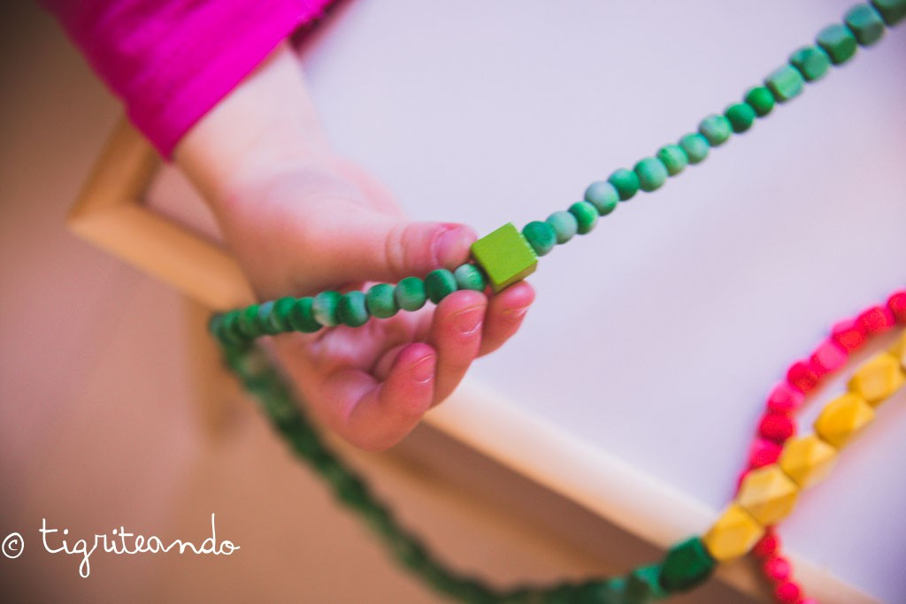 collar o cadena anual montessori-4-2