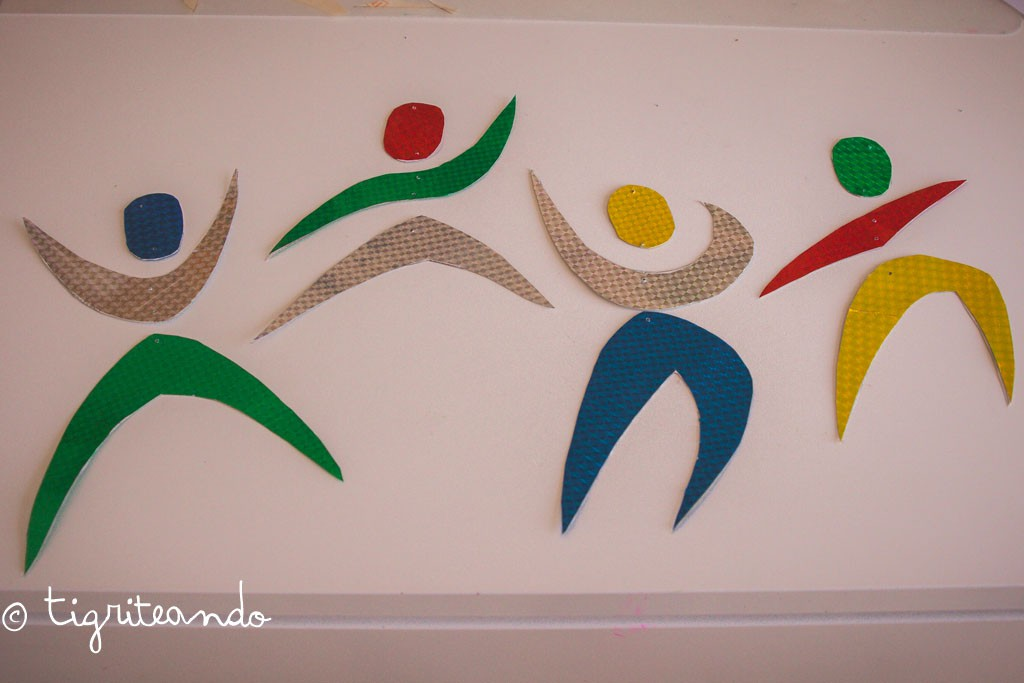 movil bebe bailarines montessori-7