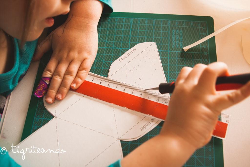 movil bebe octaedros montessori-9